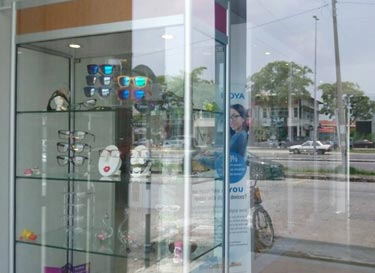 ck-optometrist-centre-entrance