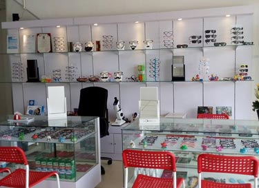 ck-optometrist-centre-interior-02